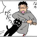 カメラを向けると動きが止まる猫の4コマ猫漫画